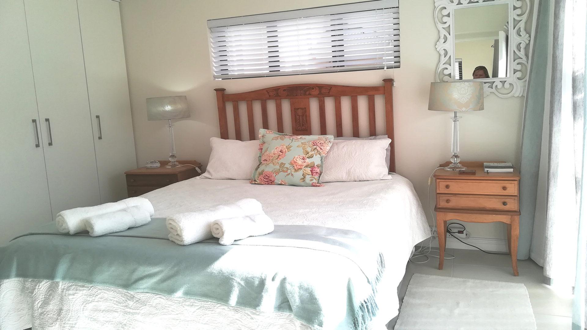 Sunbeam - Main Bedroom
