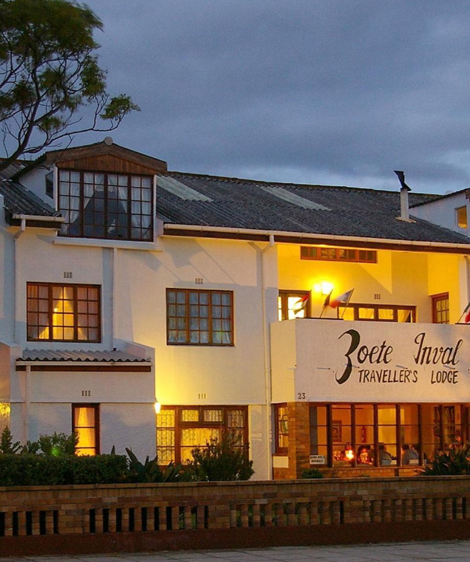 Zoete Inval Travellers Lodge