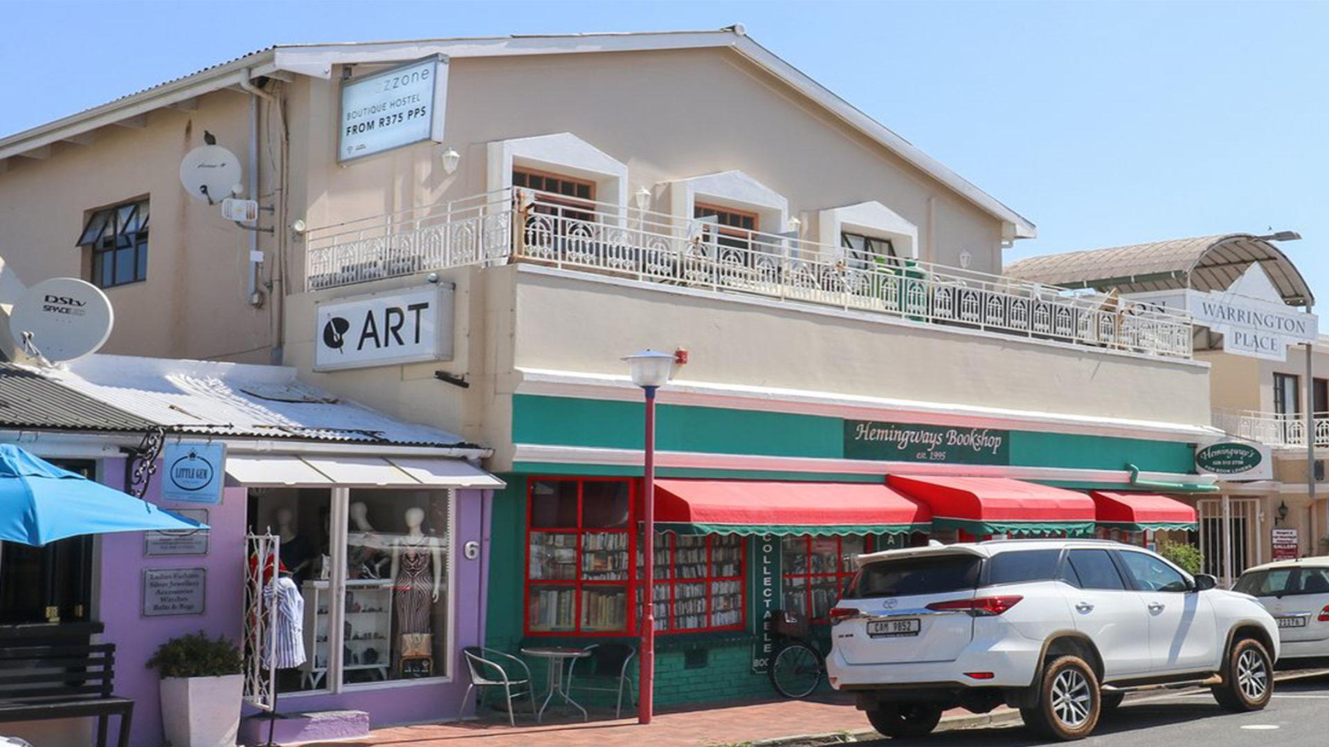Zzzone Boutique Hostel