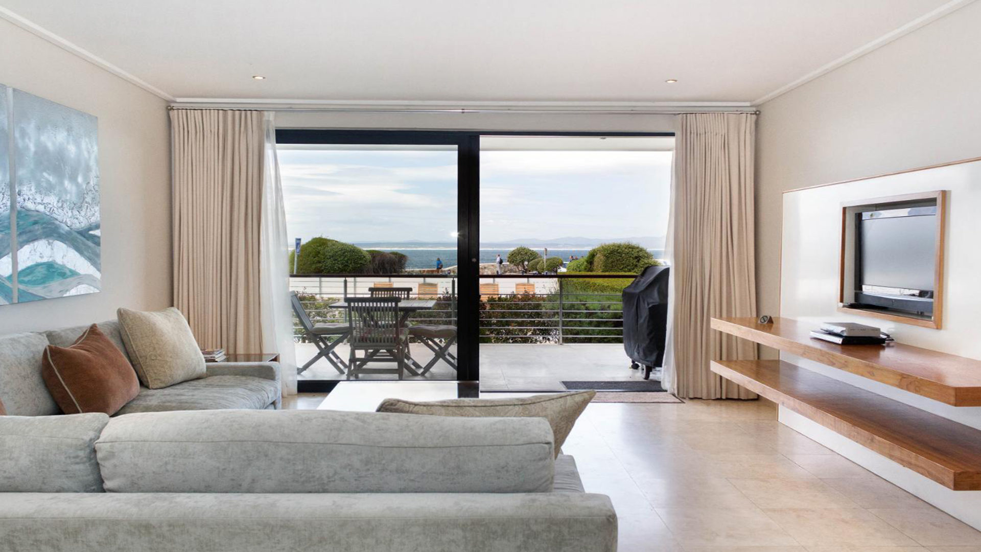 Apartment102