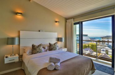 whale_coast_all_suite_hotel_6
