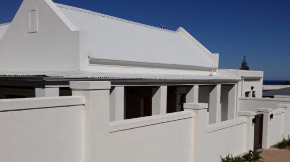 Izinja's Inn