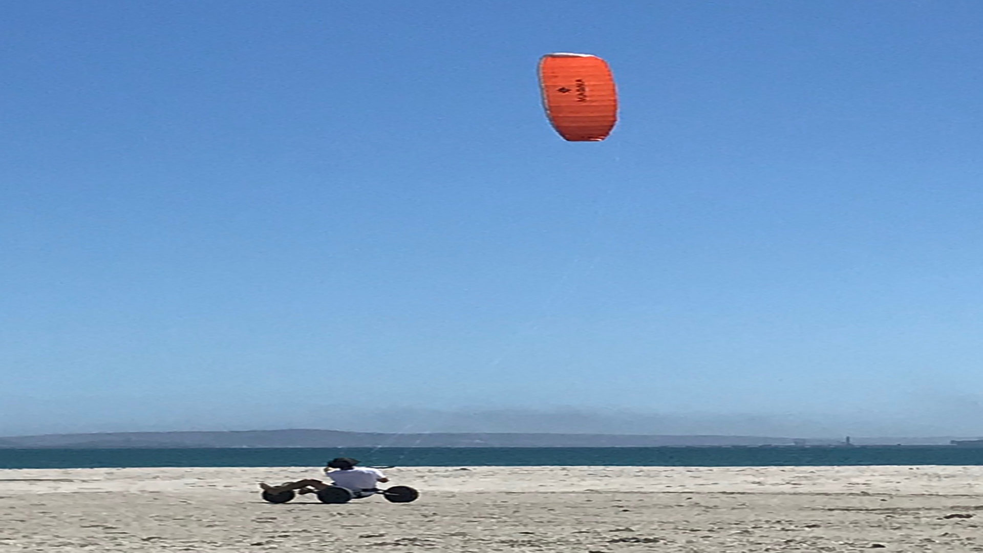 kite-surf-hermanus-4wheeler-beach-768x1025